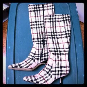 Burberry vintage boots